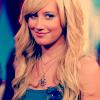 Ashley Tisdale 17 - PNG, 100x100 pixels, 19.3 KB