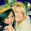 Ashley Tisdale 15 con Brenda Song - PNG, 100x100 pixels, 23.2 KB